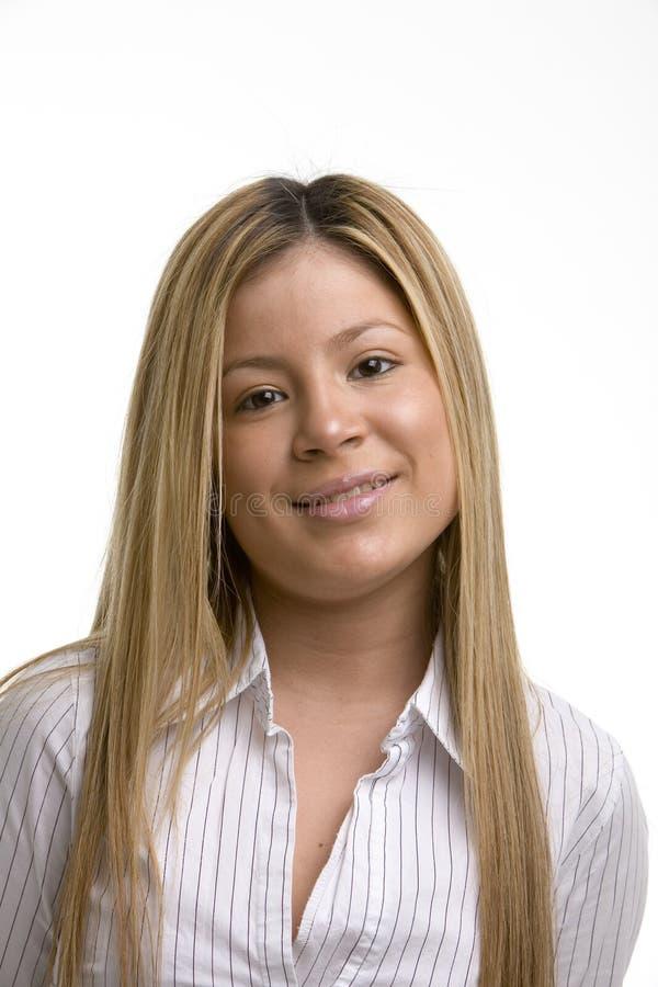 Download Sorriso da mulher nova imagem de stock. Imagem de atrativo - 533305