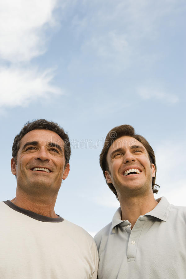 Sorriso de dois homens foto de stock
