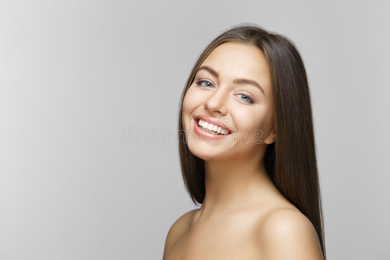 Sorriso della donna denti che imbiancano Cura dentale immagini stock