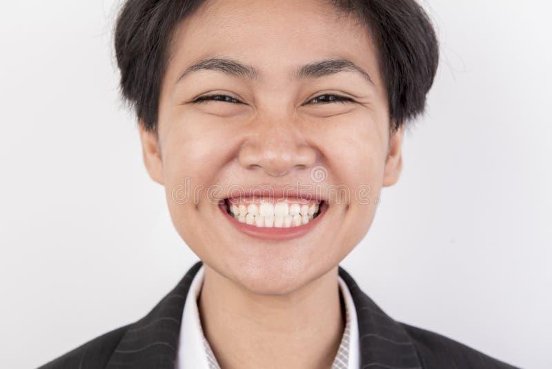 Sorriso della ragazza dei capelli di scarsità felice fotografia stock libera da diritti