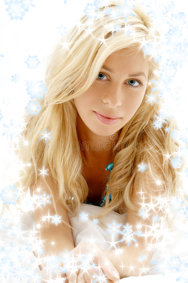 Sorriso di buongiorno con i fiocchi di neve fotografia stock