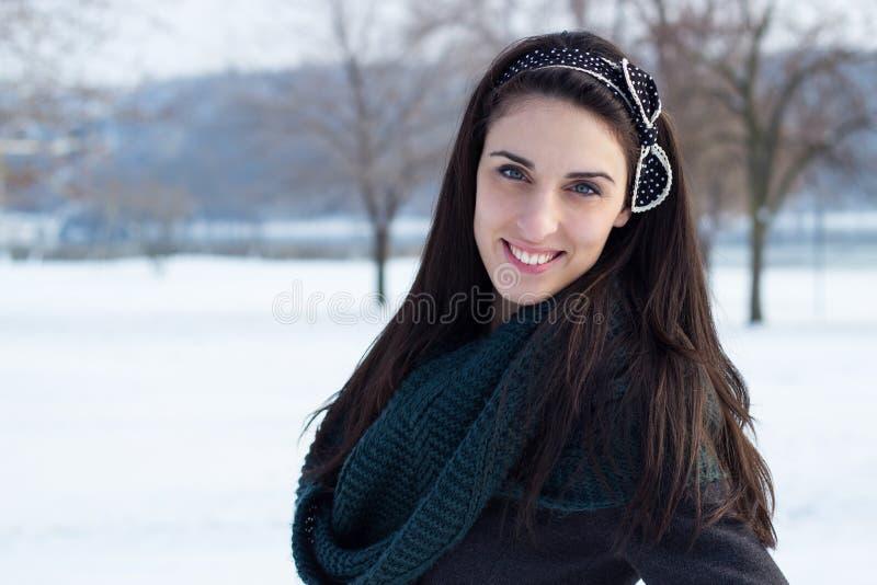 Sorriso di inverno fotografia stock libera da diritti