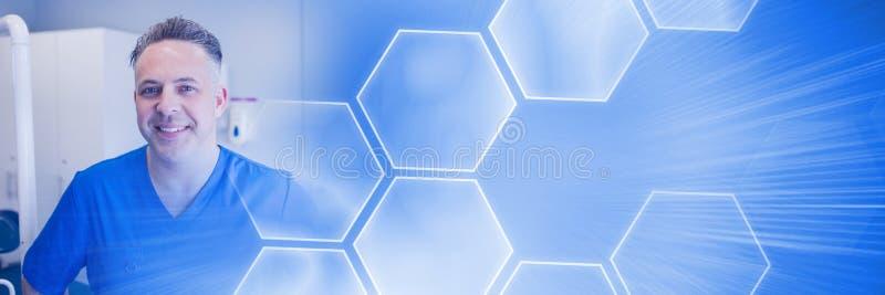 Sorriso do dentista e transição esperta azul da tecnologia imagens de stock