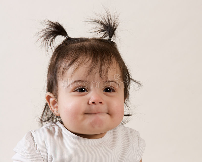 Sorriso doce do bebê fotos de stock royalty free