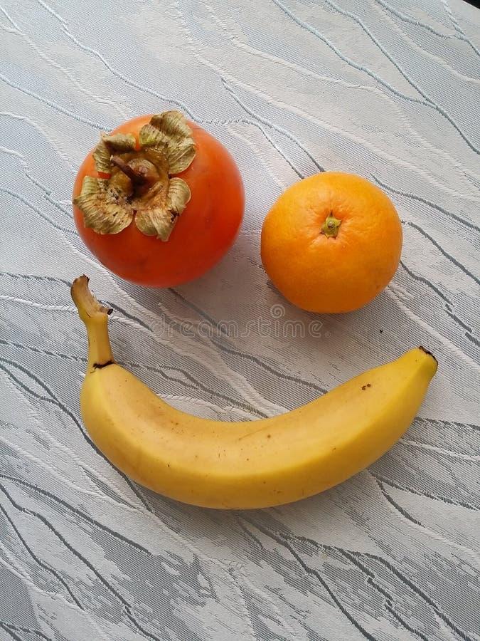 Sorriso felice della frutta immagine stock