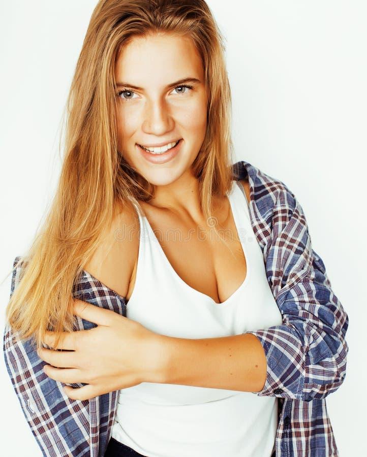Sorriso feliz da mulher bonita nova do cabelo louro isolado em b branco foto de stock royalty free