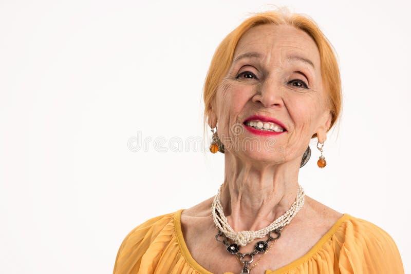 Sorriso superior isolado da mulher fotografia de stock royalty free