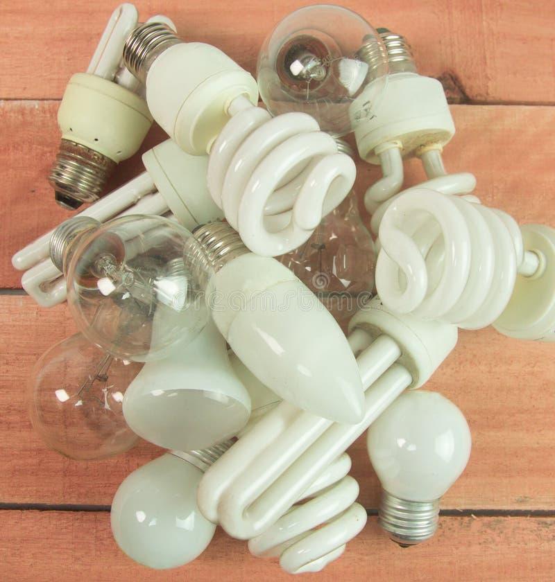 SORT DE DIFF?RENTES LAMPES EMPIL?ES photo libre de droits
