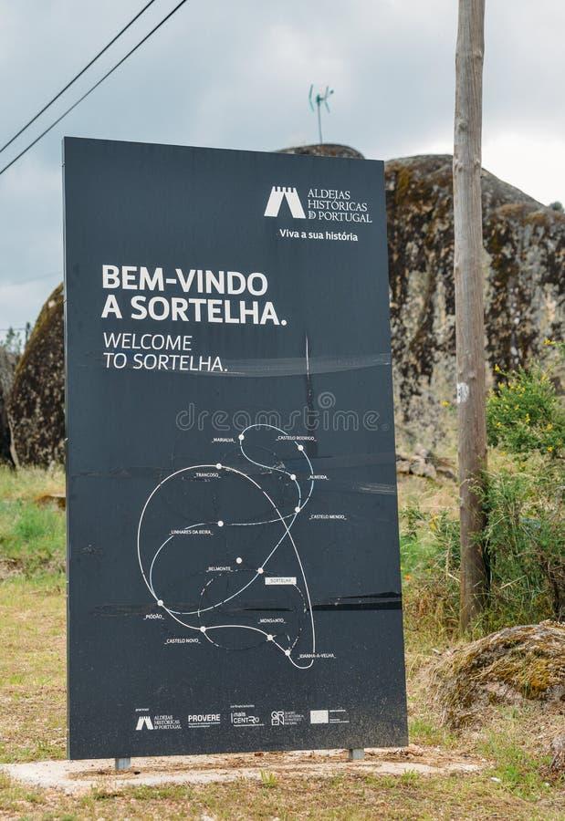 Sortelha历史山村,建造在中世纪被加强的墙壁内,包括在葡萄牙` s历史村庄 库存照片
