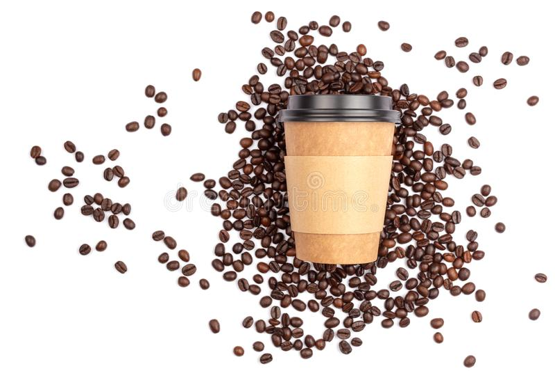 Sortez la tasse et les grains de café image libre de droits