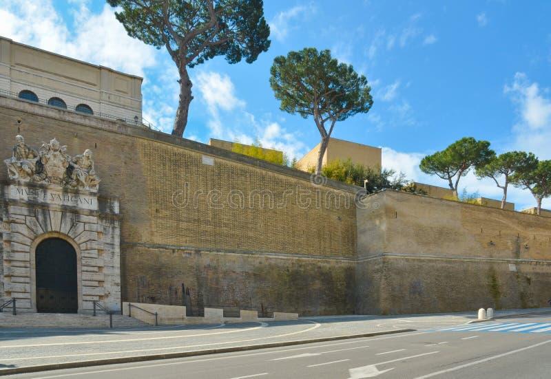 Sortie de musées de Vatican photos libres de droits