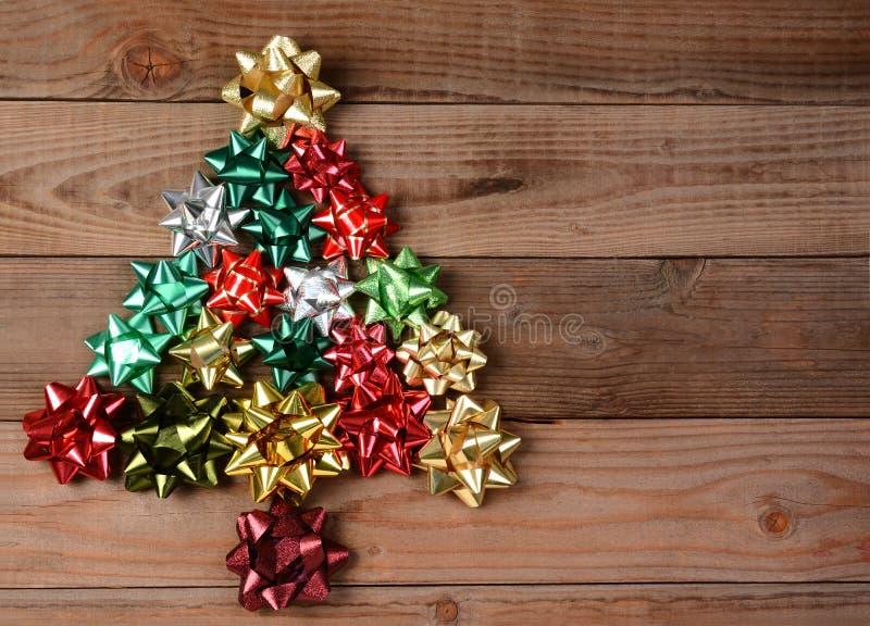 Sortierte Bögen in der Weihnachtsbaum-Form stockfotografie
