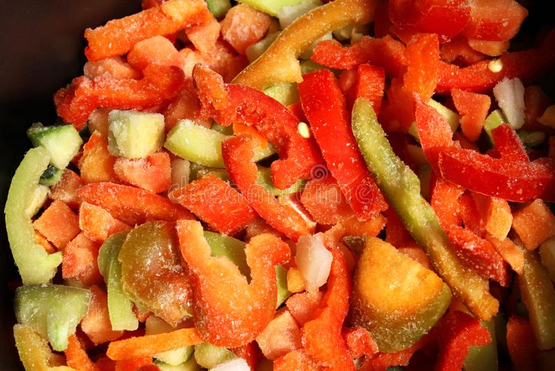 Sortiment av blandade djupfrysta grönsaker royaltyfri foto