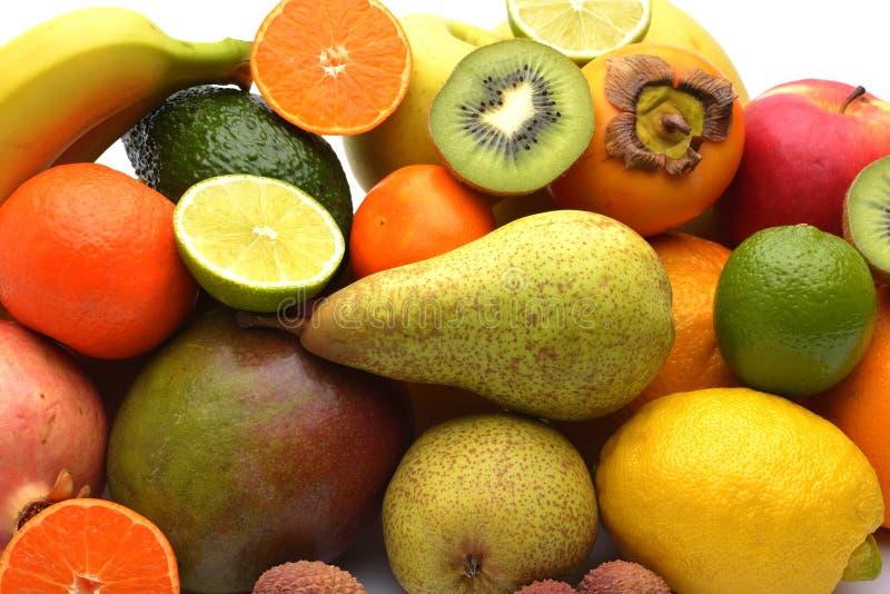 Sortiment av exotiska frukter som isoleras på vit bakgrund royaltyfri foto