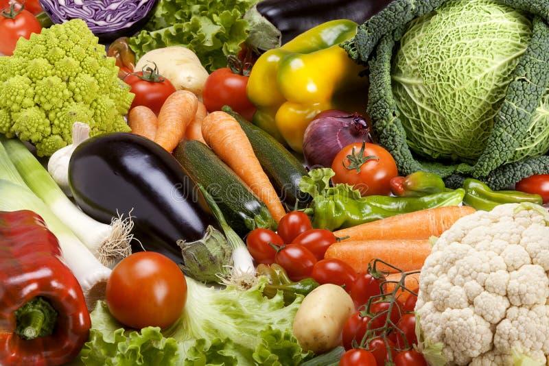 Sortiment av nya grönsaker royaltyfria bilder