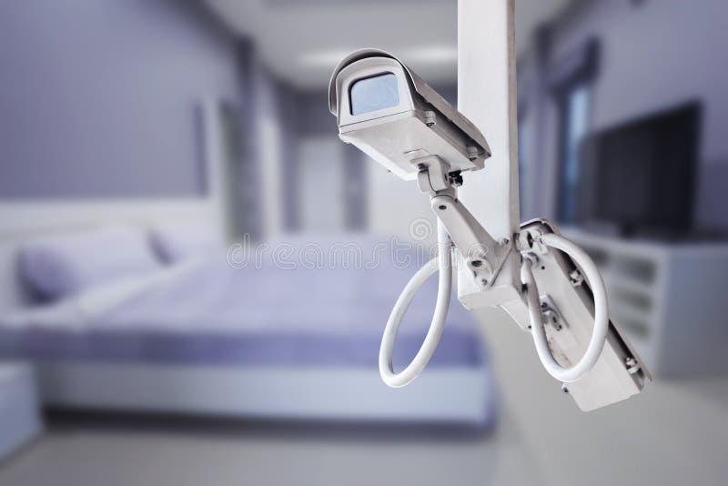 Sorveglianza della macchina fotografica del CCTV che funziona con la camera da letto fotografia stock