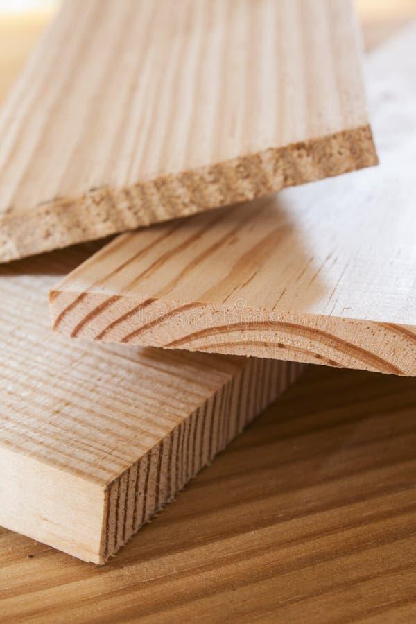 sosna zaszaluje drewno zdjęcie stock