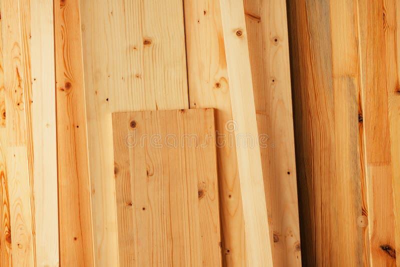 Sosnowego drewna floorboard deski w warsztacie obrazy royalty free