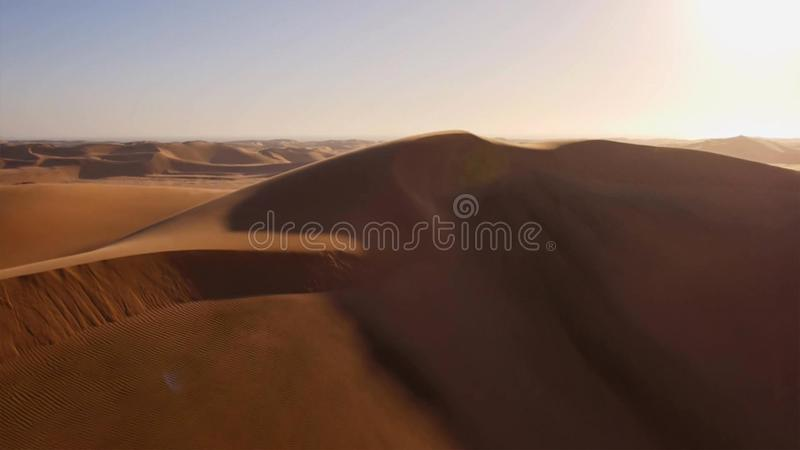 Sossusvlei沙漠的鸟瞰图在Namib Naukluft国家公园,纳米比亚 库存图片