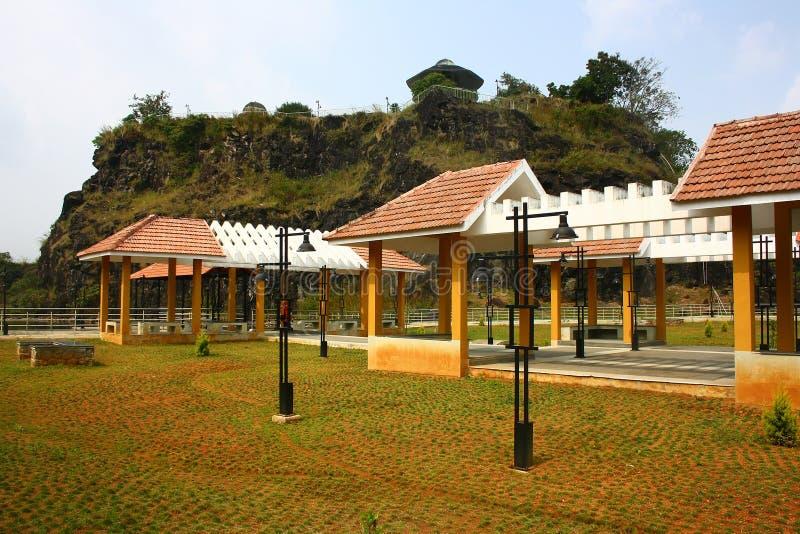 Sosta di vista della collina a Idukki, Kerala con formazione rocciosa su fondo immagine stock libera da diritti