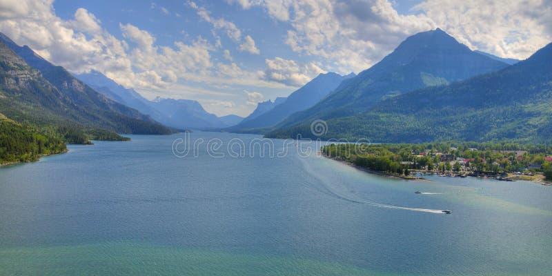 Sosta nazionale dei laghi di HDR Waterton fotografia stock