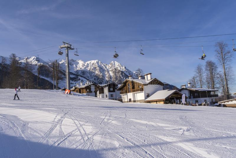 Sotchi, Russie, 11-01-2018 Station de sports d'hiver de Rosa Khutor E photos stock