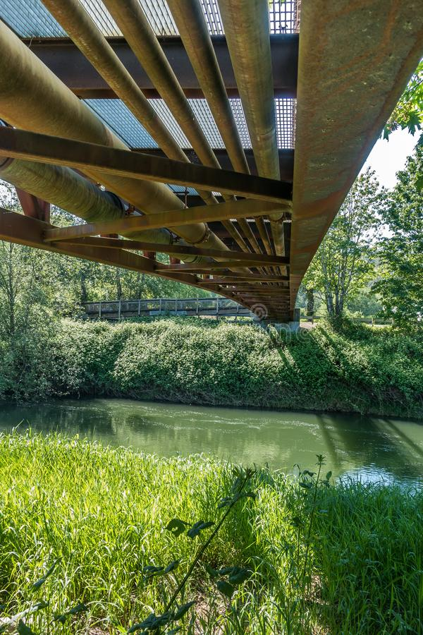 Sotto il ponte 4 fotografia stock libera da diritti