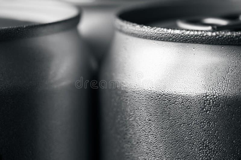 Soude en aluminium humide photographie stock