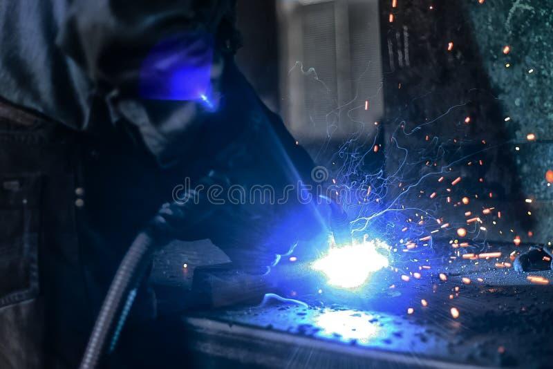 Soudure en métal photographie stock libre de droits
