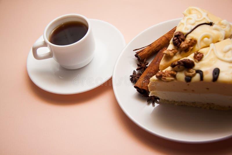 Soufflè e caffè di mattina immagini stock libere da diritti