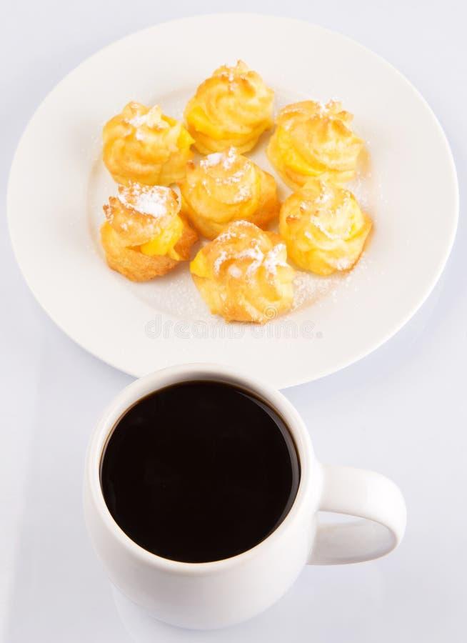 Souffle crème et café faits maison II photos stock