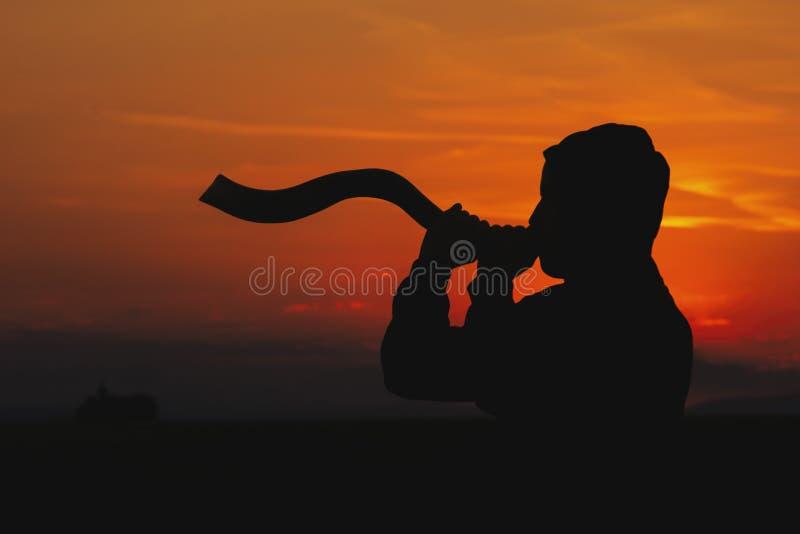 Soufflement du Shofar photographie stock