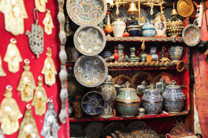 Souk in der Medina von Faz lizenzfreies stockfoto