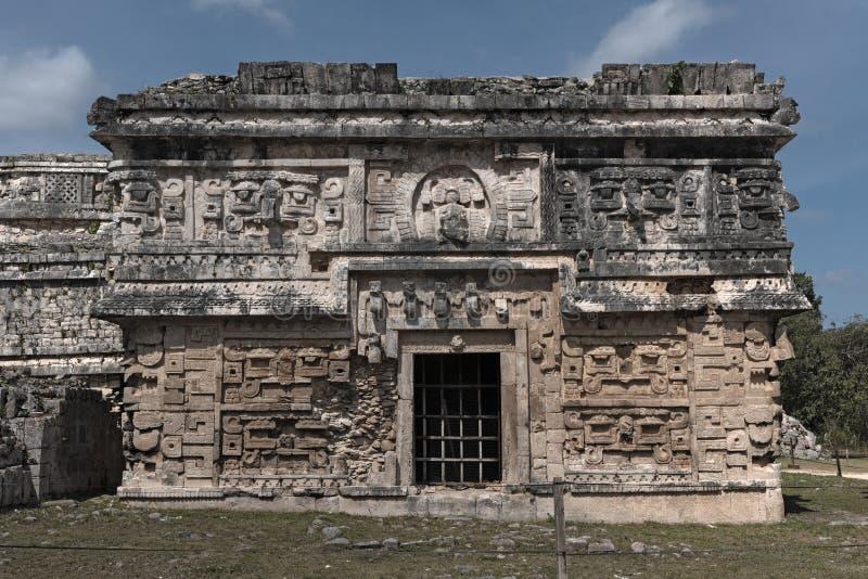Soulagements en pierre maya dans Chichen Itza, Yucatan, Mexique, image stock