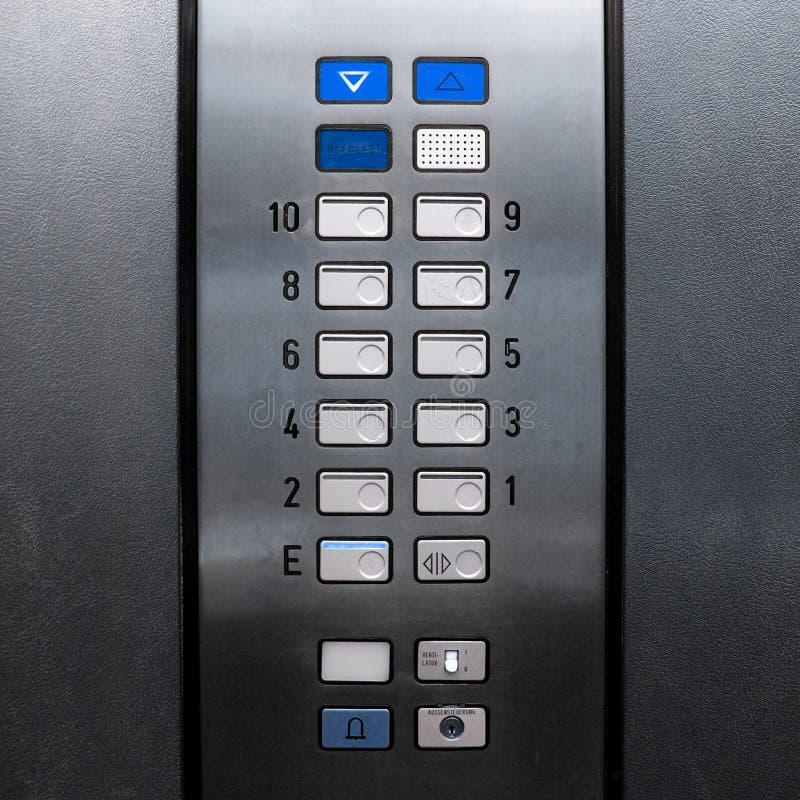 Soulevez le clavier numérique d'ascenseur images libres de droits