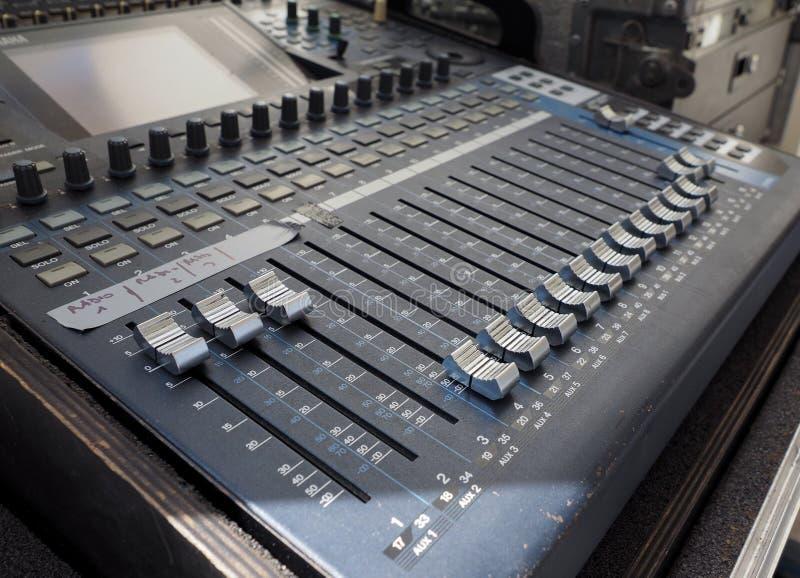 Soundboard Stock Illustrations – 489 Soundboard Stock Illustrations