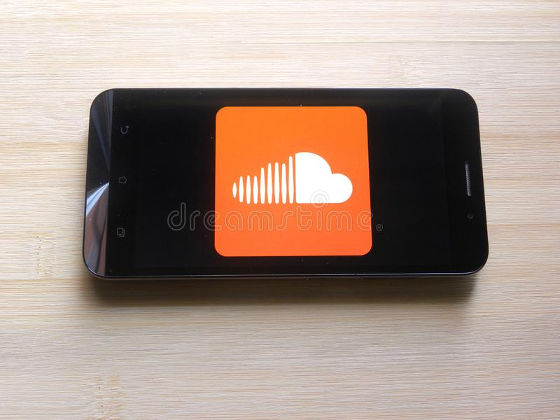 Soundcloud app royaltyfria bilder