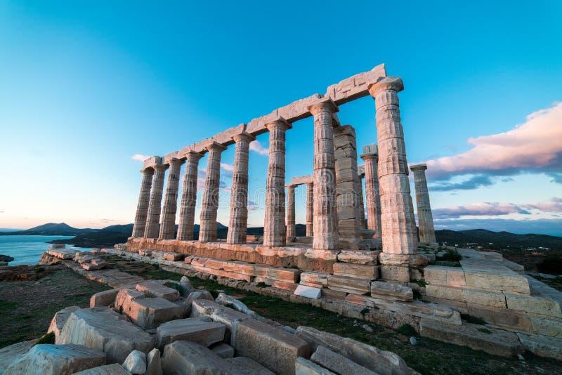 Sounion, świątynia Poseidon w Grecja, zmierzch Złota godzina fotografia stock