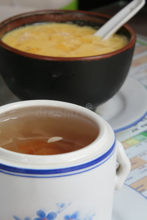 soup för sago för kinesisk mango för desse växt- medicinal royaltyfria bilder