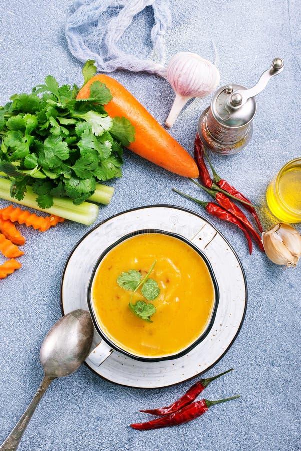 Soupe à carotte photo libre de droits