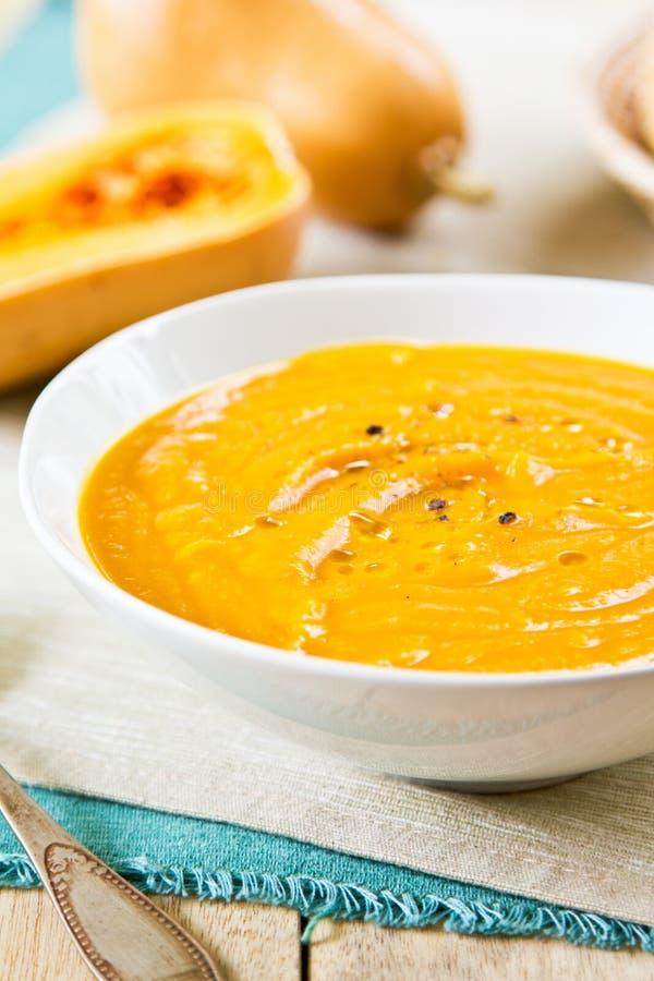 Soupe à courge de Butternut images stock