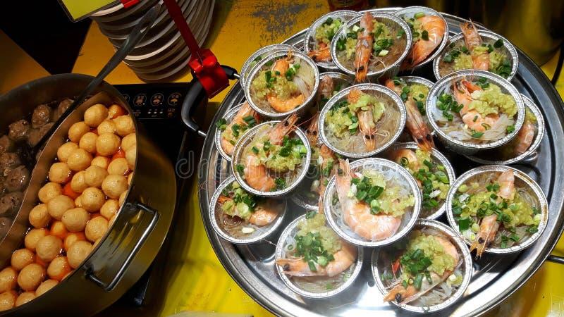 Soupe à fruits de mer avec la crevette photographie stock libre de droits