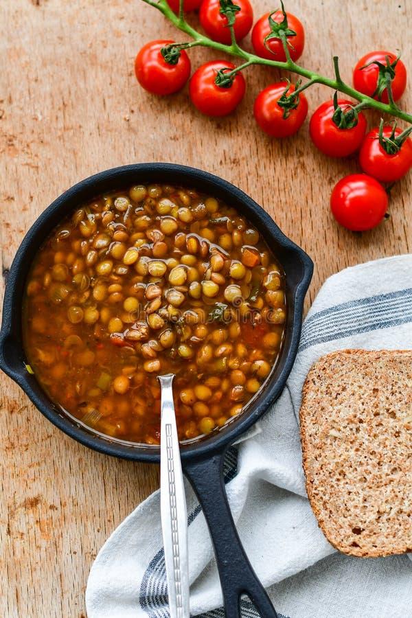 Soupe à lentille faite maison de Brown photos libres de droits