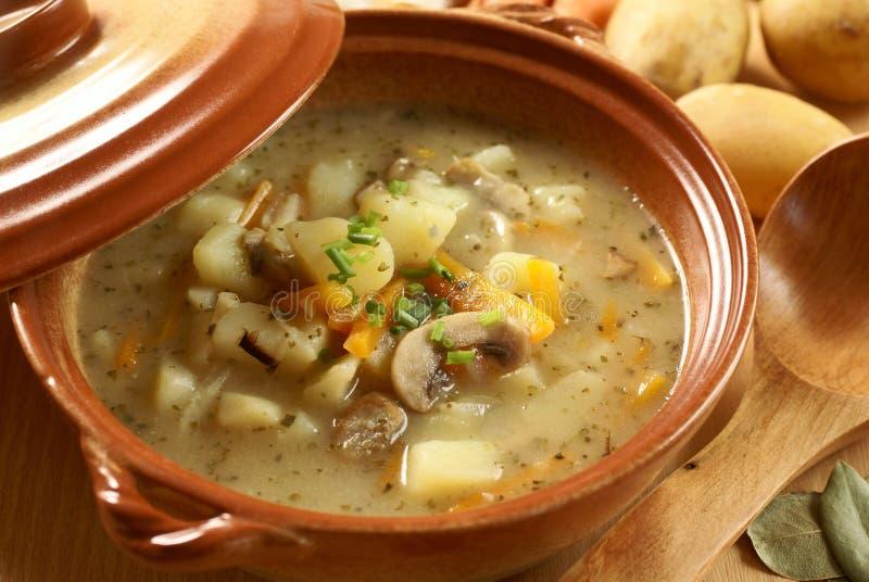 Soupe à Potatoe images stock