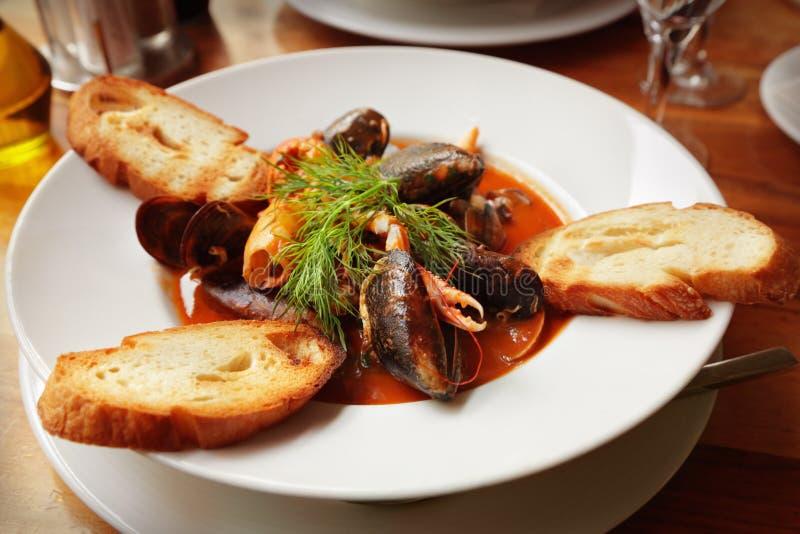 Soupe à fruits de mer image stock