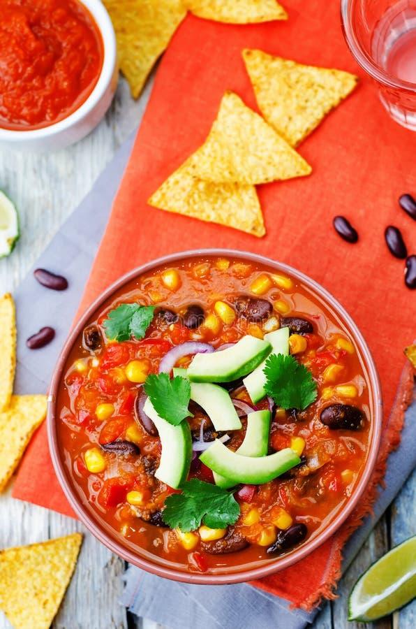 Soupe à tortilla de haricot rouge de Chipotle photographie stock libre de droits