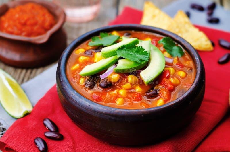 Soupe à tortilla de haricot rouge de Chipotle photo stock