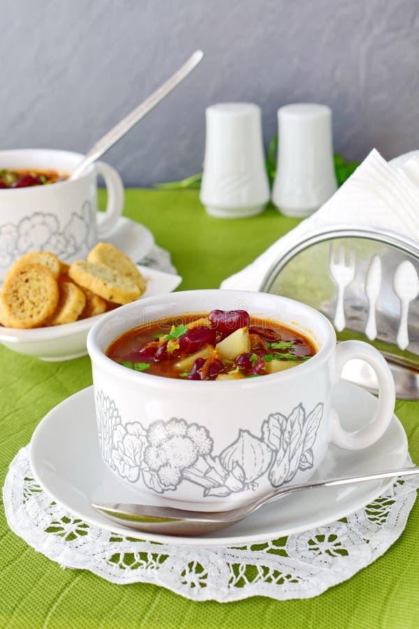 Soupe aux fèves Cuisine familiale rustique photo stock