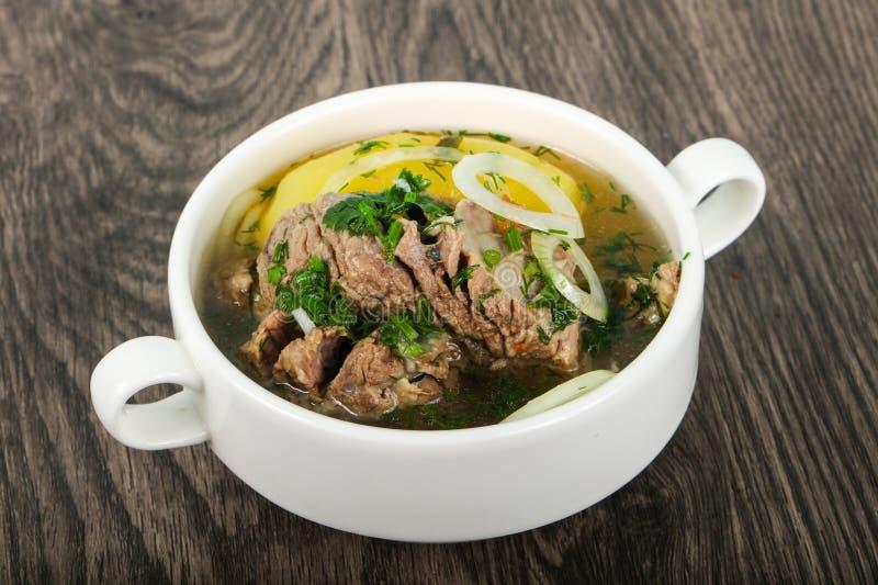 Soupe caucasienne à viande - Hashlama photo stock