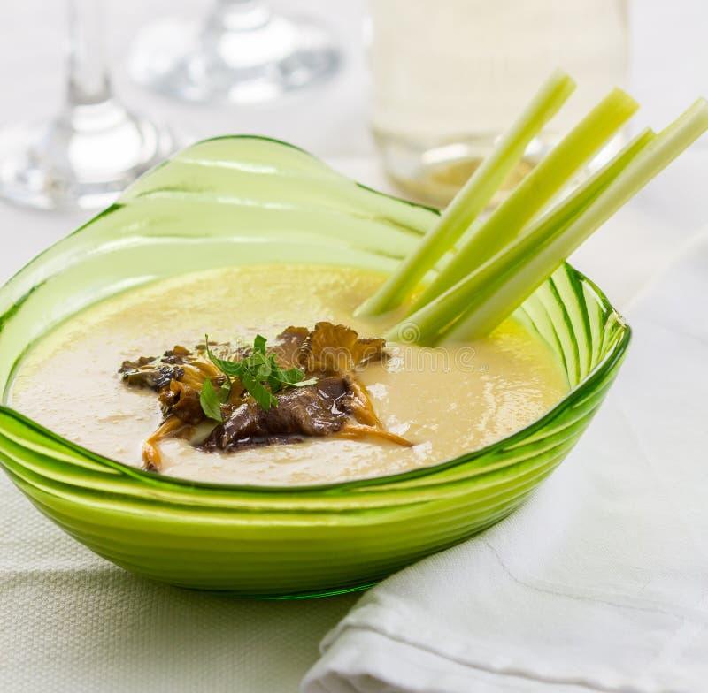 Soupe crème à céleri photo libre de droits